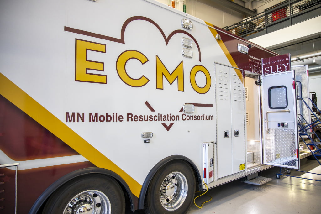 U of M Minnesota Mobile Resuscitation Consortium truck